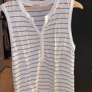 Excellent condition sleeveless top size large